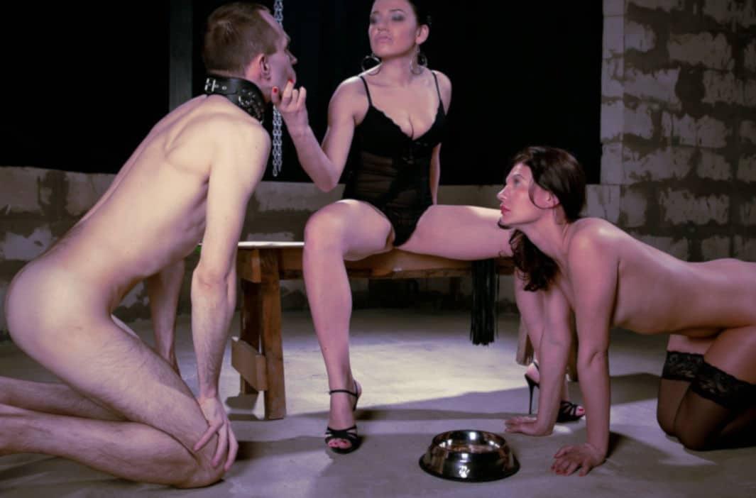 Cédric et moi, nus, sous l'emprise d'une Maîtresse Domina