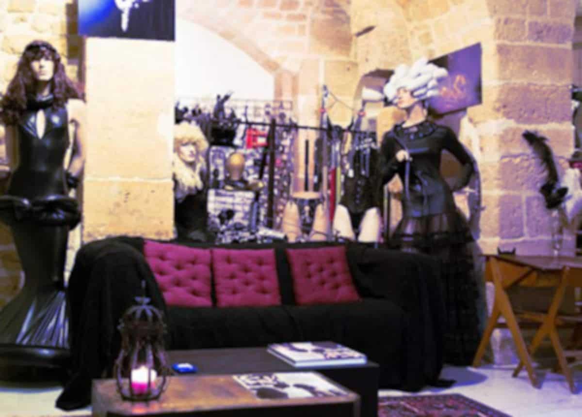La boutique Métamorph'Ose pour vos tenues sexy et soirées libertines