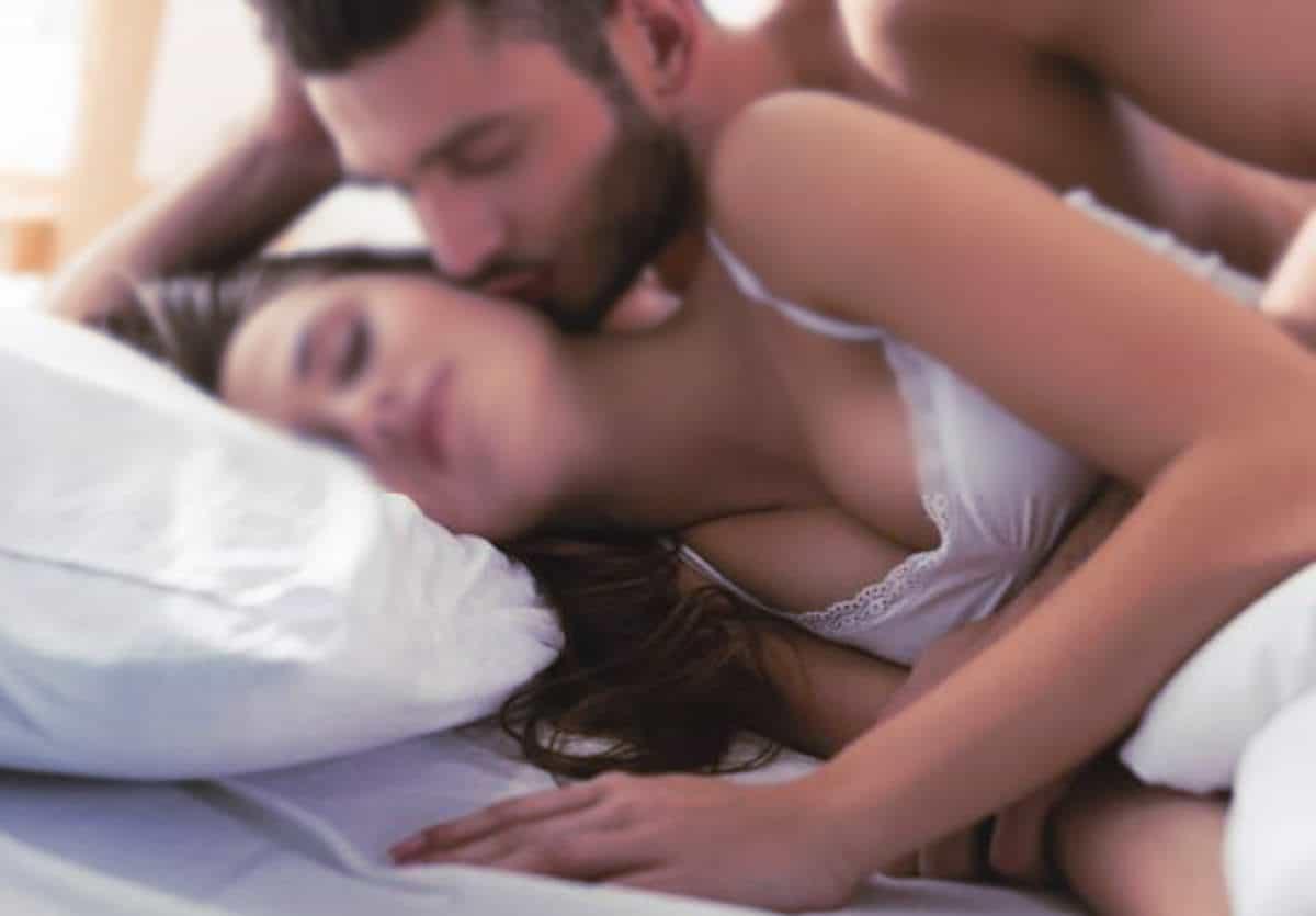 Ce jeune couple est très déjanté et chaud comme la braise quand il veut